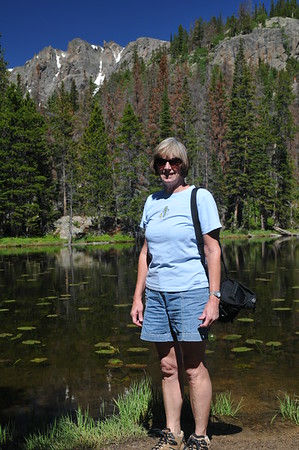 Hike to Emerald Lake via Bear Lake