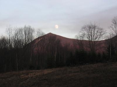 Sleepers hike: Nov. 13
