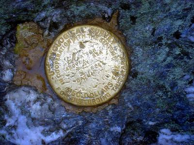 Abraham\'s summit marker