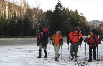 Gwynna, Christa, Steve and Jason in the parking lot at the 19 Mile Brook trailhead.