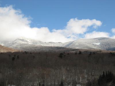 Blue skies emerging over Franconia Ridge