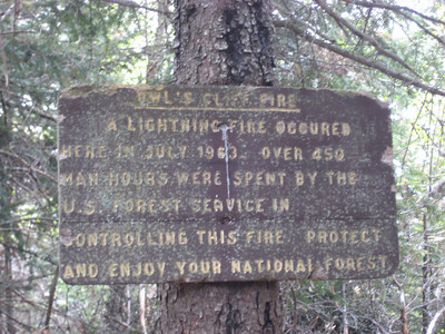 Neat sign just before the Owl's Cliff ledges