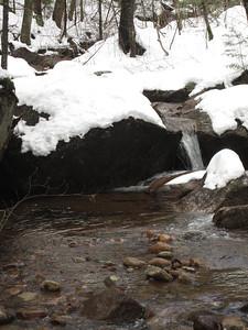 Little log cascade