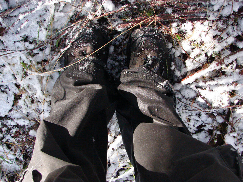 Sodden shoes and pants - not suitable snow-wear