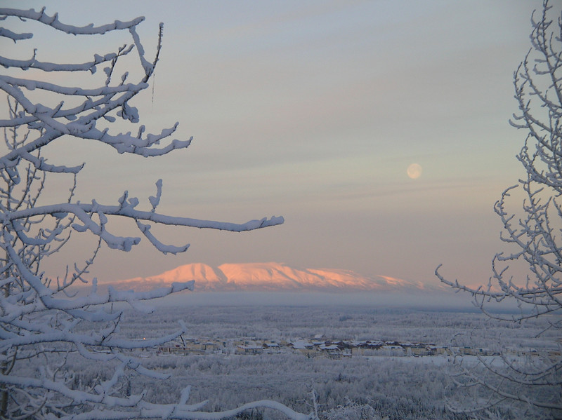 Susitna moonrise