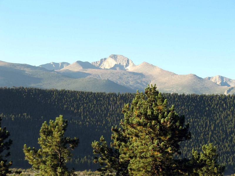 251 Longs Peak from Moraine Park
