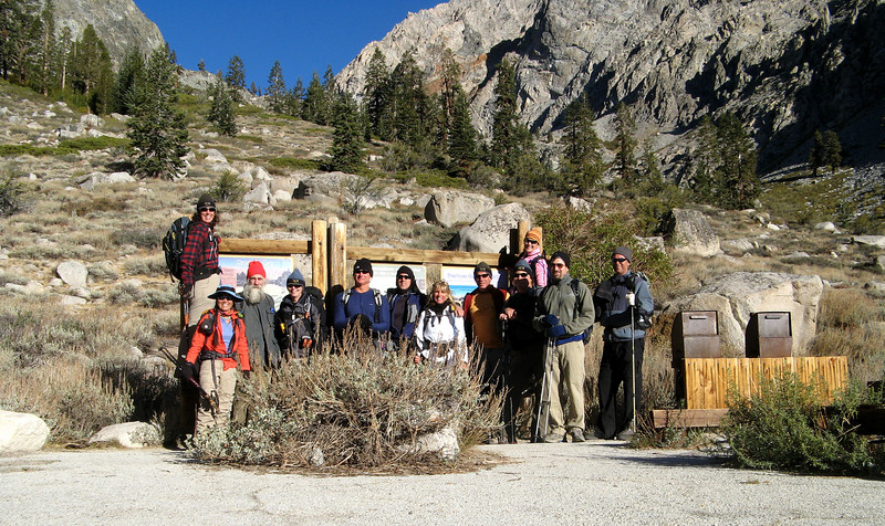 Group shot at Kearsarge Pass TH