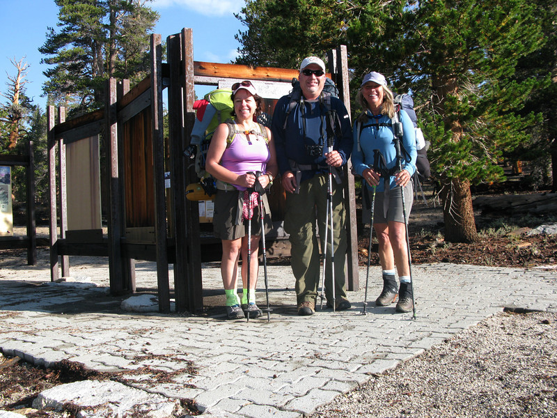 Barbara, Ant and myself at Cottonwood trailhead ready to roll!