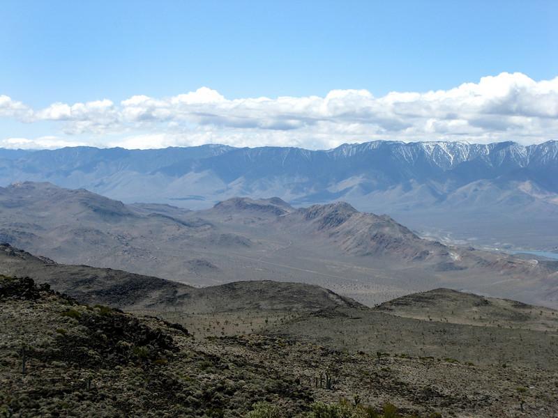 Looking towards Haiwee Ridge, Scattered Bone, Boulder and White Cap around Cactus Flat.