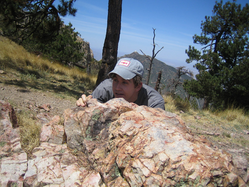 As you can clearly see, this is a rock... and the guy behind it could be as dumb as one... Look its mica.