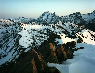 Earl Peak - April '04