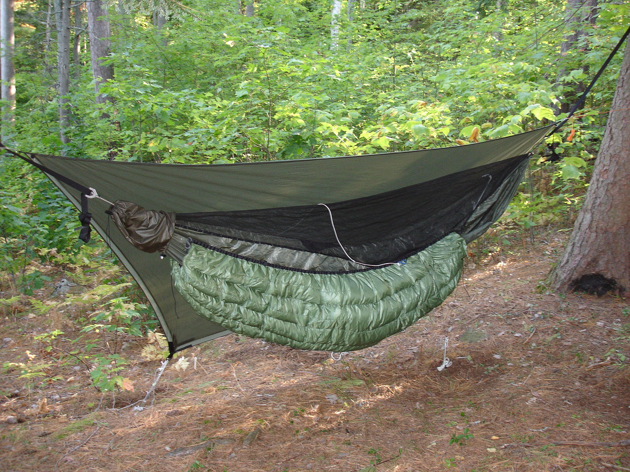 The under-quilt keeps your backside warm when you are floating in cold air.