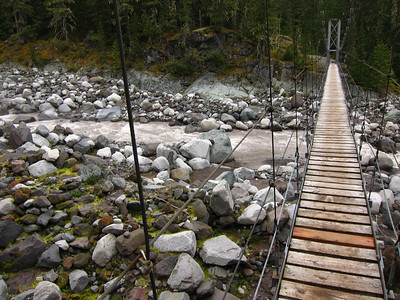 Suspension bridge over the Carbon. Not as much fun as you would think . . .