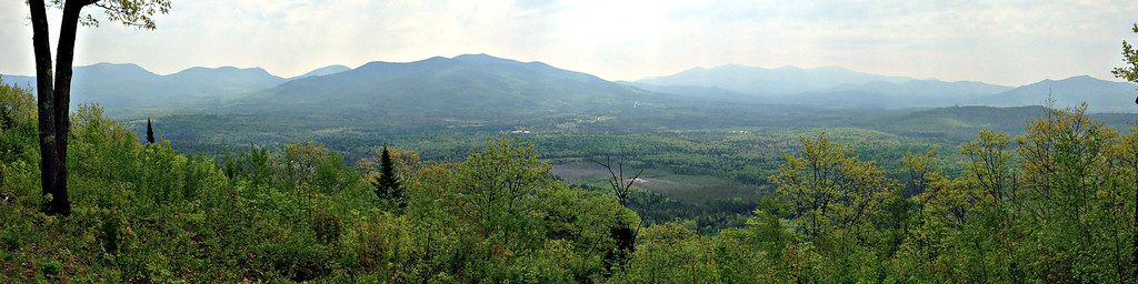 Eastern Viewpoint: (L-R): Cabot, the Terraces and Mt. Weeks; Waumbek; the Presidentials; Owl's Head and Cherry Mt.