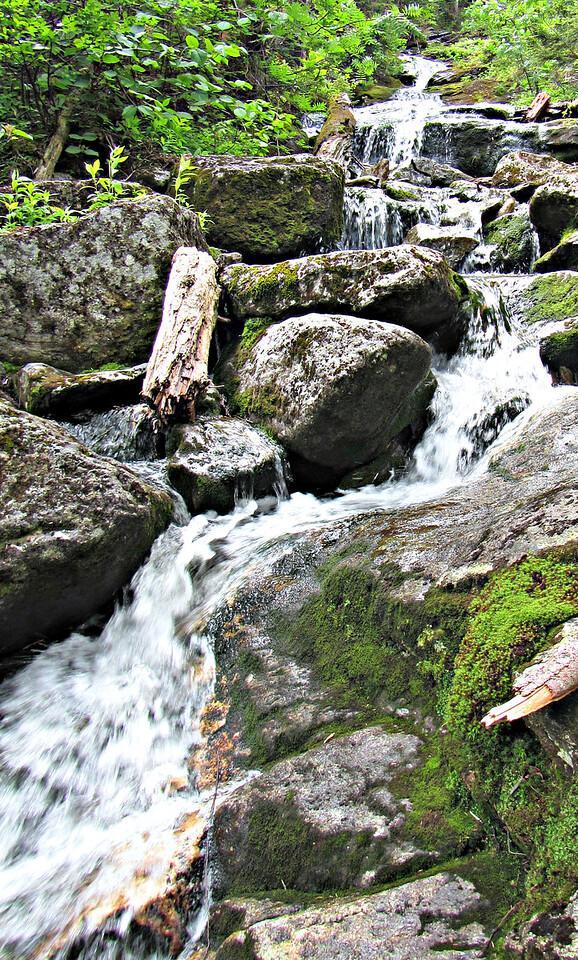 Spur Brook cascade above Pentadoi.