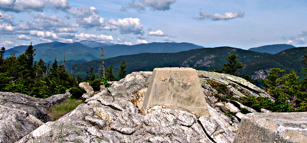 West Royce, the Wildcat-Carters and Mt. Washington, from Speckled summit.