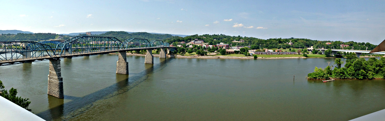 From the Hunter Museum patio: Walnut Street Bridge, Tennessee River and the North Shore.