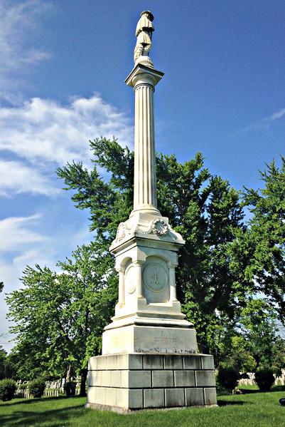 In Winchester's Confederate cemetery - Monument to the Unknown Confederate Dead.