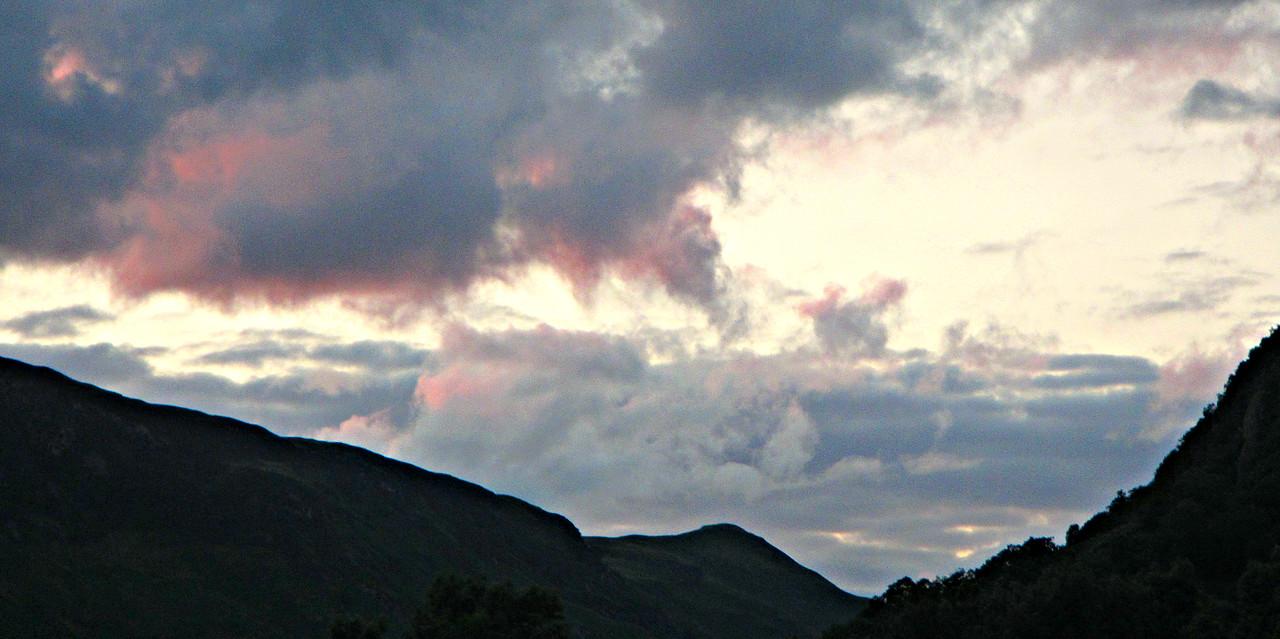More Rosthwaite twilight.