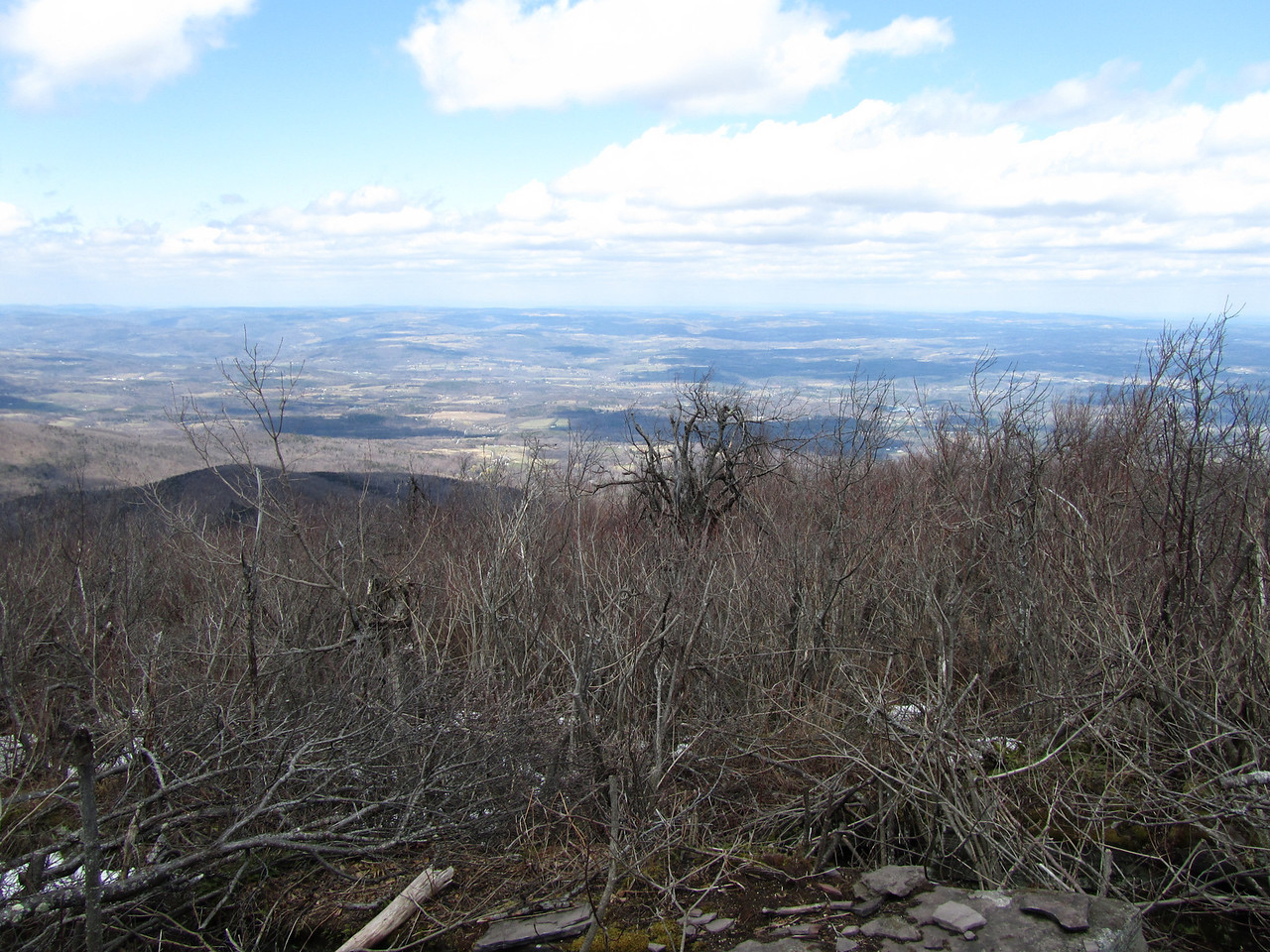 Windham is the furthest north of all Catskills high peaks. Way in the background are Albany and probably the ADK high peaks, 200 miles away. Pretty good view.