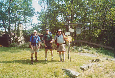 Tim, Rededing Hare & Stalking Tortoise ready to depart the Mohican Outdoor Center