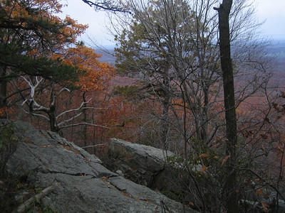 Another view from Bears Den Rocks