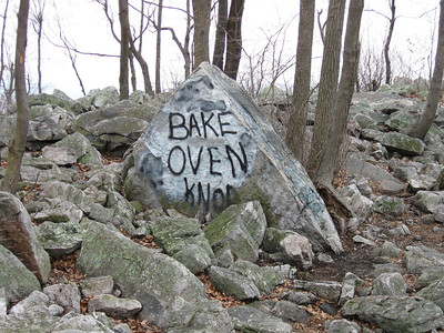 Just in case we didn't know we were on the top of Bake Oven Knob...