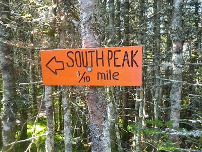 It was already a tough hike - do we take a side hike to the South peak?  Yep.