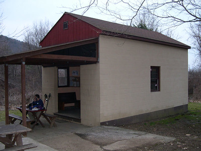 The RPH Shelter - clean, comfortable, and most importantly dry in overnight thunderstorms