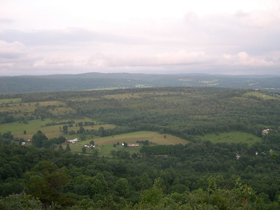 NY Viewpoint just south of the Telephone Pioneers Shelter