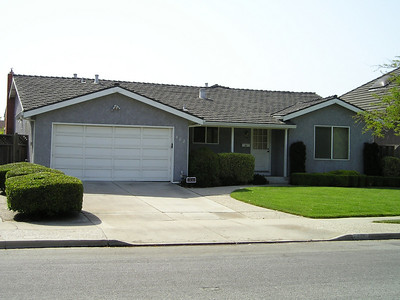 This is the typical sort of home in this neighborhood. 1970s typical California suburban.
