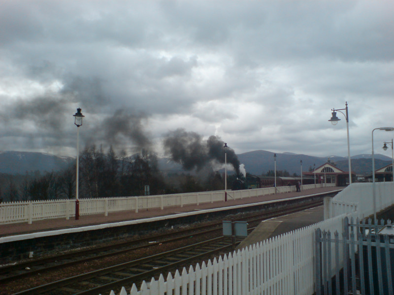 steam train at Aviemore station