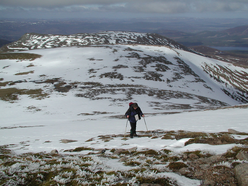 climbing the slope of Cairn Lochan onto the Cairngorm summit plateau