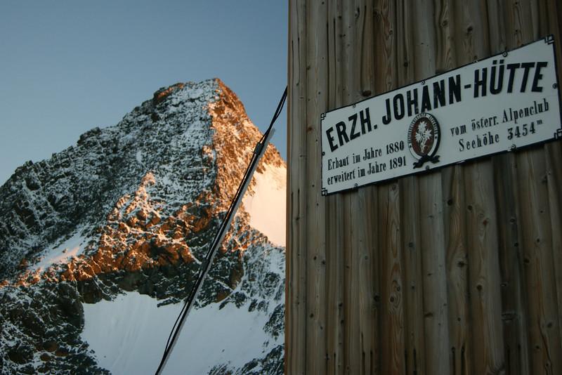 Blick zum Gipfel von der Adlersruhe am Morgen des 21.08.2013