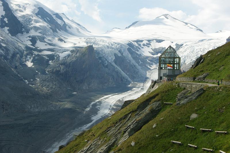 Pasterzen-Gletscher mit Swarovski-Beobachtungswarte