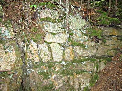 Part of rock wall near Victor Head summit.