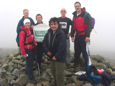 Team shot on Scafell Pike: Rich, Nicci, Geoff (he got the bag this time), Tim, me and Andy