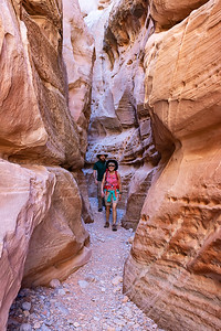 Steven & Stef in the Slot Canyon