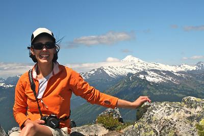 Alicia and Glacier Peak.