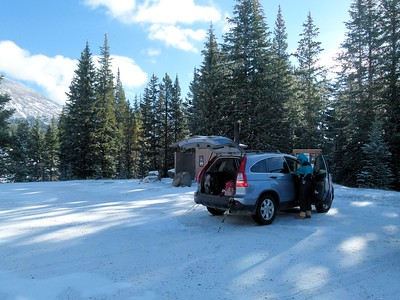 Gearing up at the trailhead at Marshall Pass