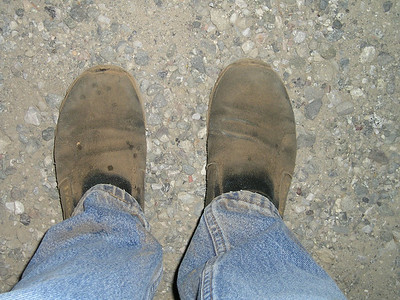 My black shoes show how dusty the trail was.