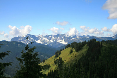 Great views of the Monte Cristo Peaks. Pointy one is Columbia, Monte Cristo to right..