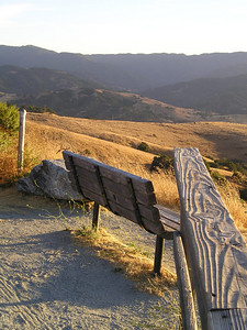 This peak has several benches--and a railing to keep the buffleheaded hikers from plunging off the side. Or maybe just to lean on to watch the sun set.