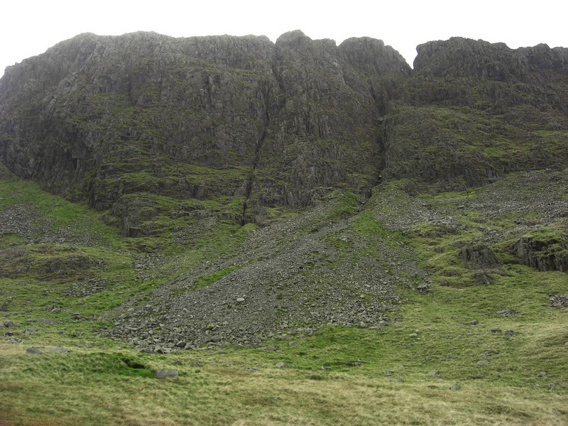 First clear view of the main Scafell ridge above us.  I think these cliffs are Great End.