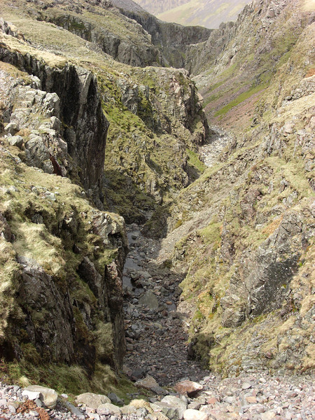 The dry ravine of Piers Gill