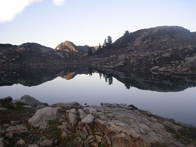 One of the tarns at Yellow Aster Butte.