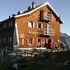Kaltenberghütte am nächsten Morgen - Aufbruchstimmung.