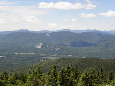 Moats, Chocorua, Sandwich Range (Tripyramids at right)