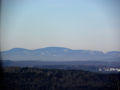 Belknaps, Gunstock at left