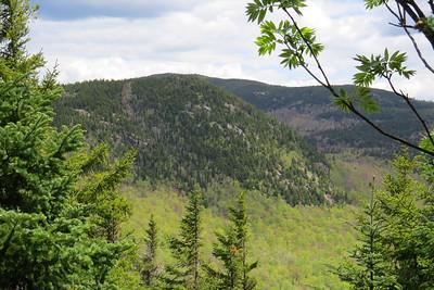Ledges near Trident Pass